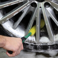 Turtle Wax Deep Clean Wheel Brush, , scanz_hi-res